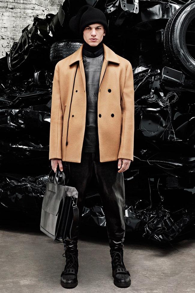 PARIS FASHION WEEK Alexander Weang Menswear Fall 2014. www.imageamplified.com, Image Amplified (17)
