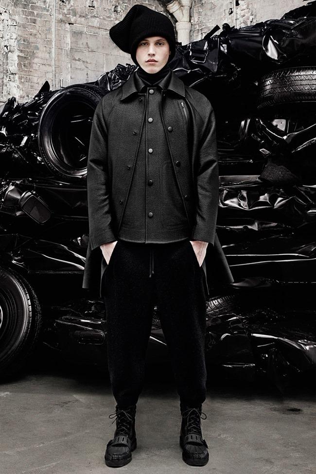 PARIS FASHION WEEK Alexander Weang Menswear Fall 2014. www.imageamplified.com, Image Amplified (6)