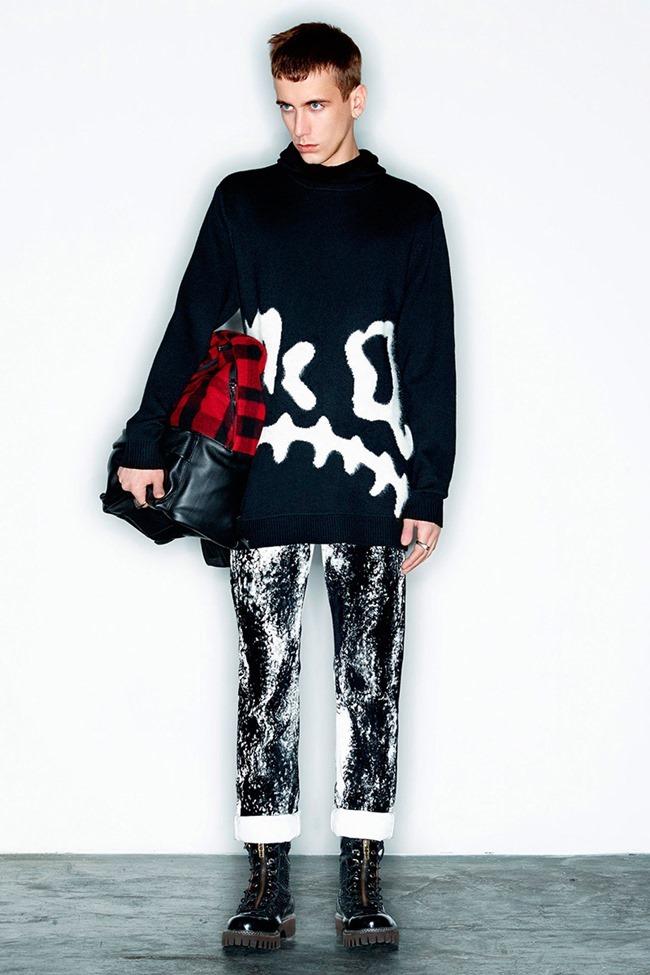 PARIS FASHION WEEK McQ Menswear Fall 2014. www.imageamplified.com, Image Amplified (24)