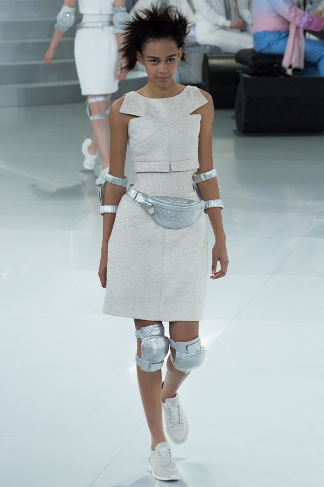 PARIS HAUTE COUTURE Chanel Spring 2014. www.imageamplified.com, Image Amplified (35)