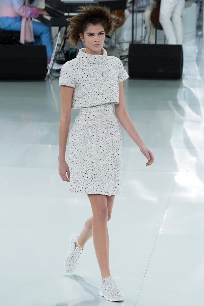 PARIS HAUTE COUTURE Chanel Spring 2014. www.imageamplified.com, Image Amplified (37)