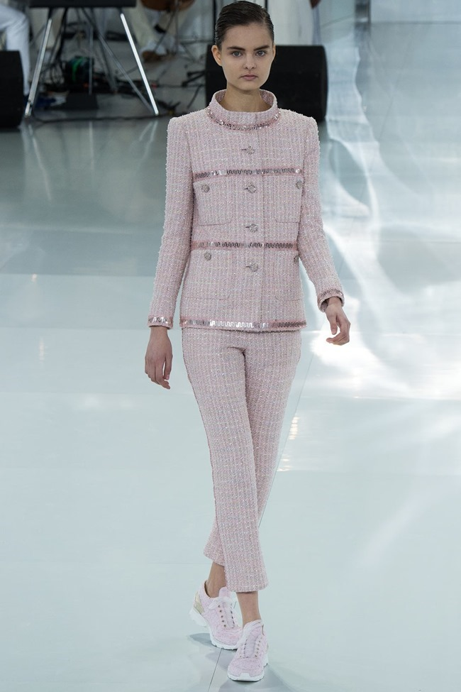 PARIS HAUTE COUTURE Chanel Spring 2014. www.imageamplified.com, Image Amplified (55)