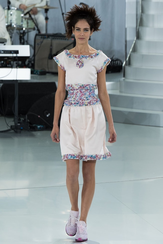 PARIS HAUTE COUTURE Chanel Spring 2014. www.imageamplified.com, Image Amplified (1)