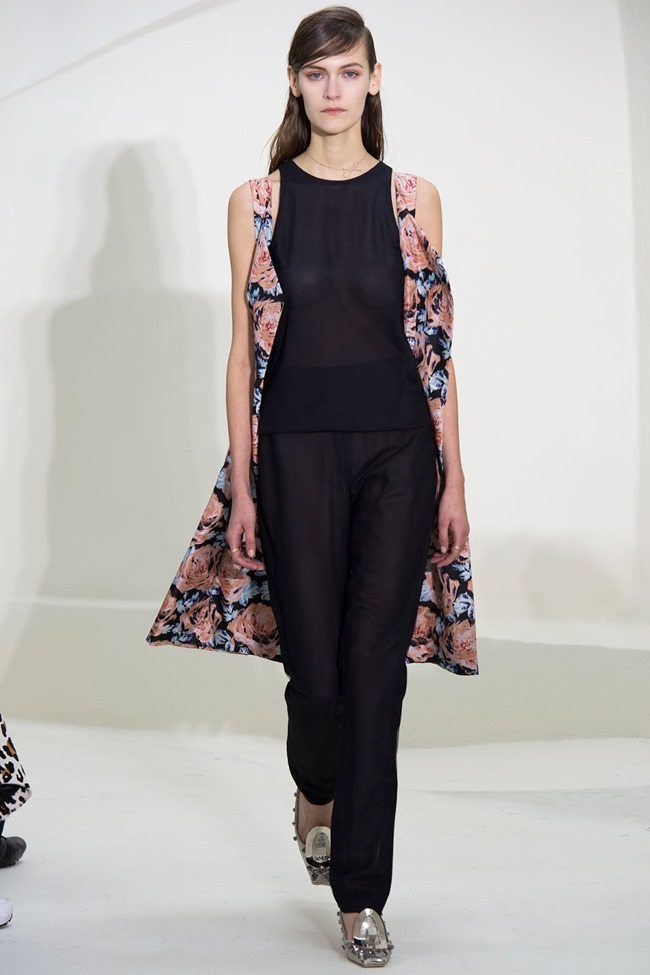 PARIS HAUTE COUTURE Christian Dior Spring 2014. www.imageamplified.com, Image Amplified (13)