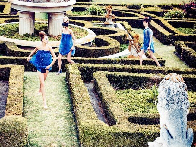 VOGUE ITALIA Frida Gustavsson, Tanya Katysheva & Wylie Hays by Ellen von Unwerth. Elizabeth Sulcer, February 2014, www.imageamplified.com, Image Amplified (1)