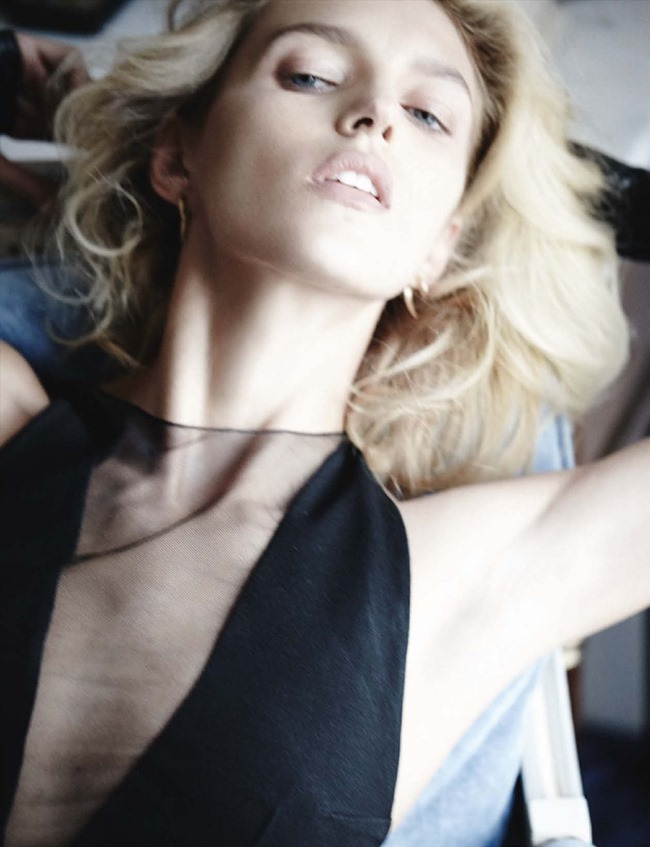 VOGUE GERMANY Anja Rubik by Mario Testino. Sarajane Hoare, March 2014, www.imageamplified.com, Image Amplified (3)