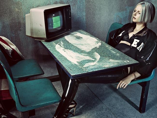 TUSH MAGAZINE Elza Luijendijk in Panic Room by Thomas Cooksey. Sohei Yoshida, Spring 2014, www.imageamplified.com, Image Amplified (1)