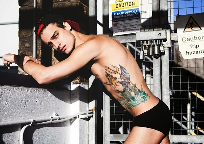 COITUS ONLINE Jonathan Bellini by Darren Black. Spring 2014, www.imageamplified.com, Image amplified (8)
