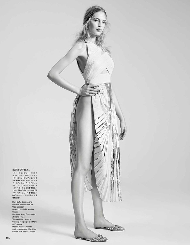 VOGUE JAPAN Vanessa Axente in A Poetic Shining by Willy Vanderperre. Nicoletta Santoro, May 2014, www.imageamplified.com, Image amplified (2)