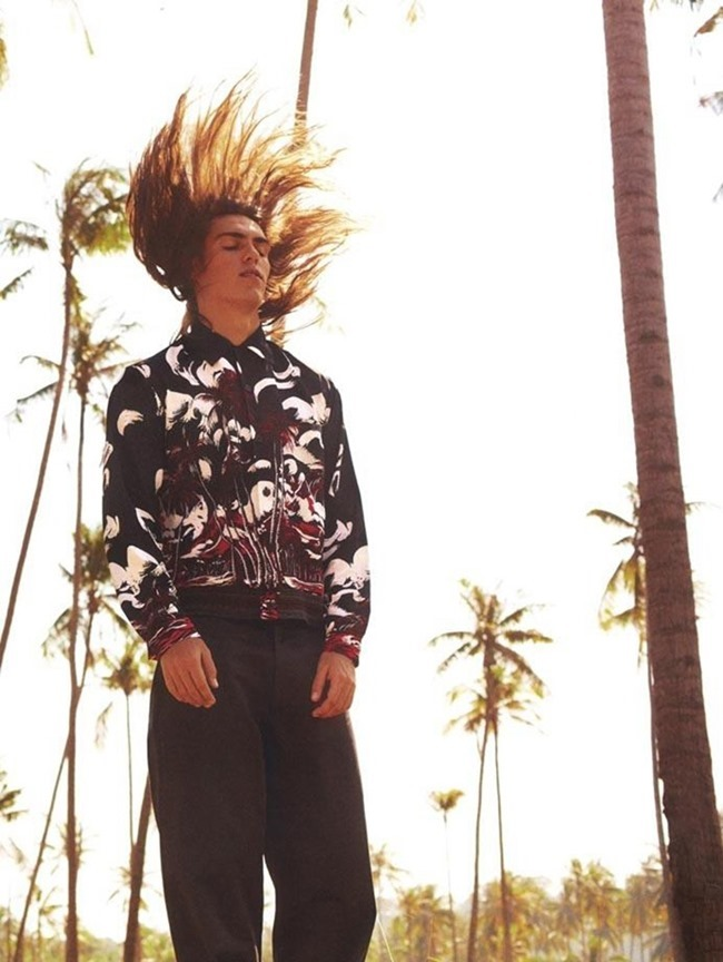 GQ STYLE GERMANY Travis Smith in Luxurious Summer by Daniel Riera. Tobias Frericks, Spring 2014, www.imageamplified.com, Image amplified (7)
