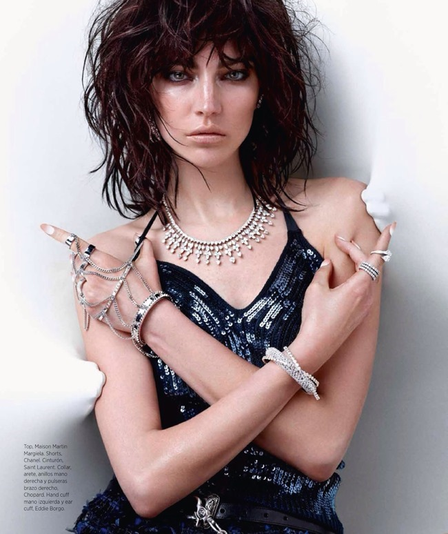 HARPER'S BAZAAR MEXICO Jacquelyn Jablonski in Tough Diamonds by Hunter & Gatti. Christine de Lassus, May 2014, www.imageamplified.com, Image Amplified (9)
