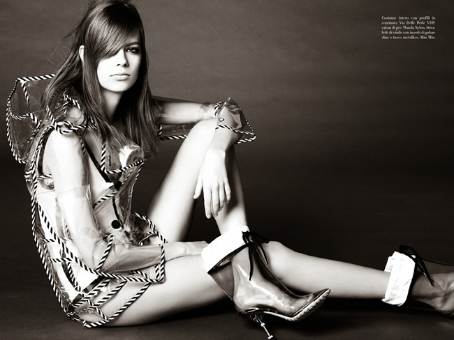 VOGUE ITALIA Lexi Boling in Boila by Steven Meisel. Karl Templer, May 2014, www.imageamplified.com, Image Amplified (6)