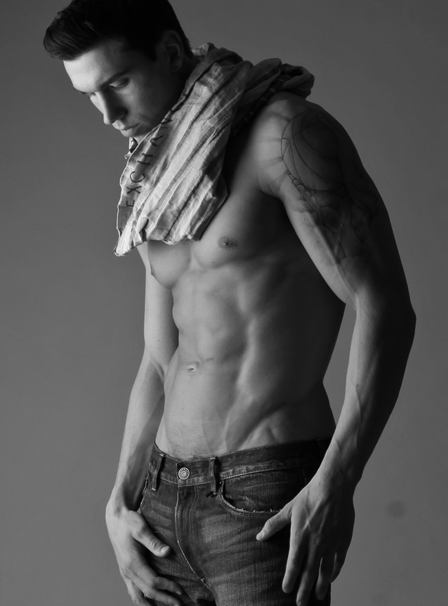 FEATURED MODEL Robert with AIM NYC by Michael Del Buono. Spring 2014, www.imageamplified.com, Image amplified (3)