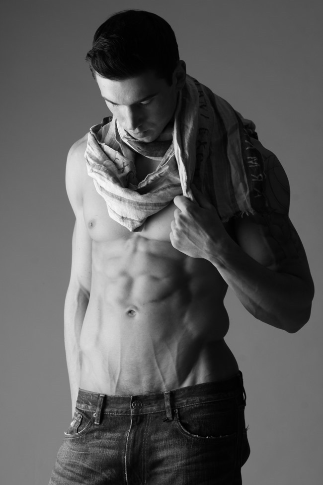 FEATURED MODEL Robert with AIM NYC by Michael Del Buono. Spring 2014, www.imageamplified.com, Image amplified (11)