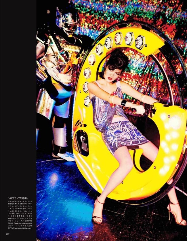VOGUE JAPAN Tokyo Neon Girls by Ellen von Unwerth. Elizabeth Sulcer, July 2014, www.imageamplified.com, Image amplified (3)