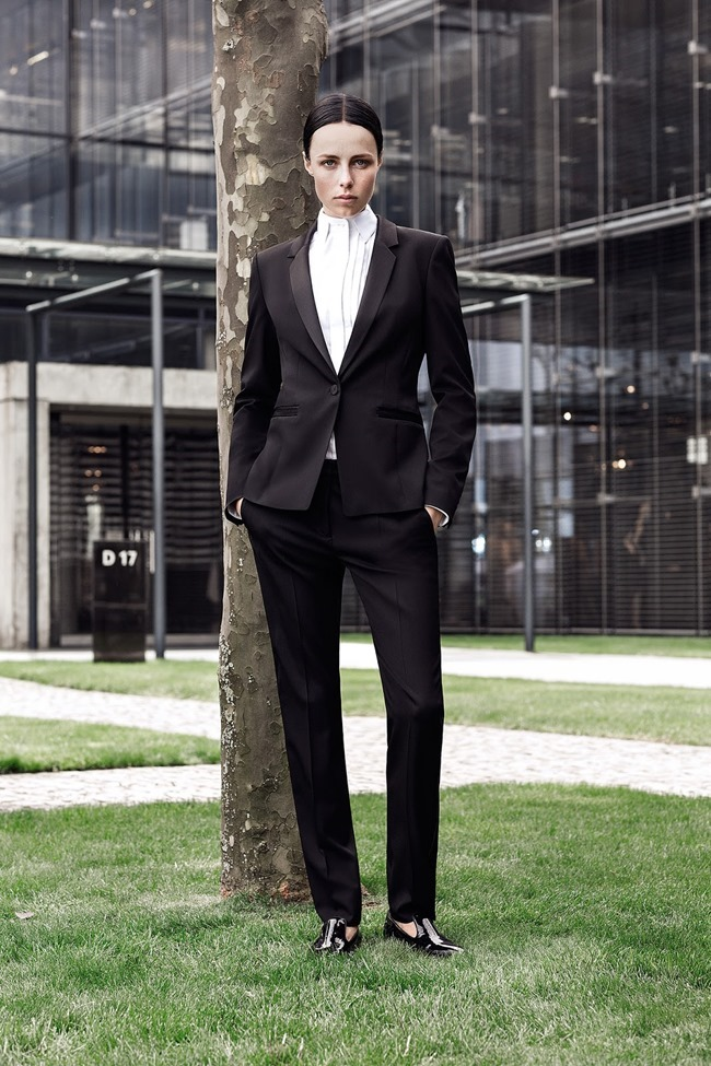 COLLECTION Edie Campbell for Hugo Boss Resort 2015. www.imageamplified.com, Image Amplified (10)