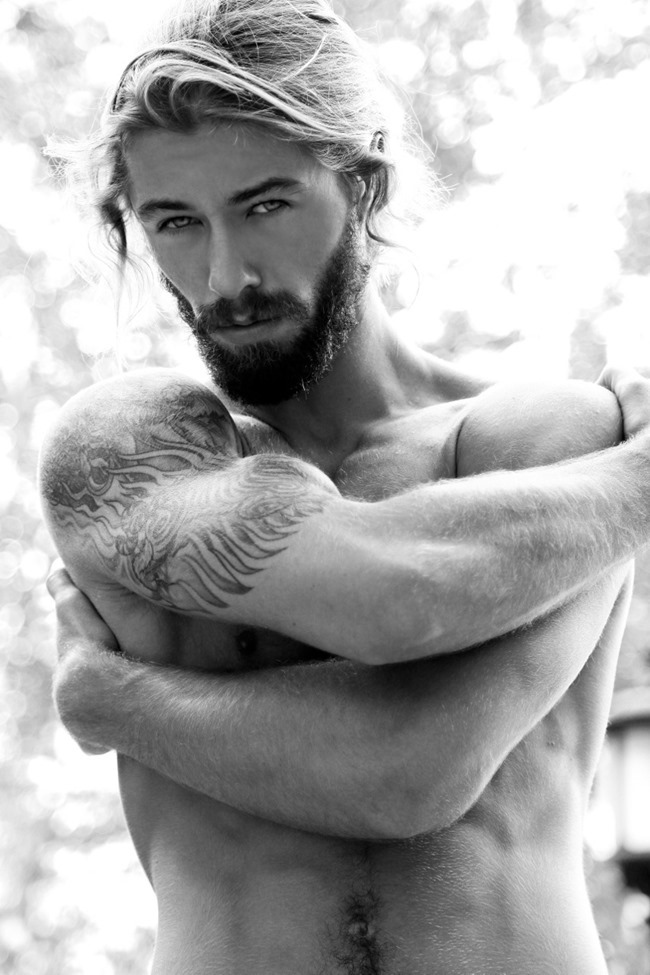 MASCULINE DOSAGE Austin Davis by Thomas Synnamon. Summer 2014, www.imageamplified.com, Image Amplified (9)