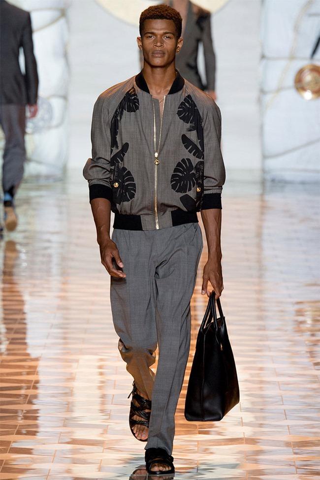 MILAN FASHION WEEK Versace Spring 2015. www.imageamplified.com, Image Amplified (32)