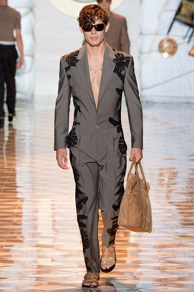 MILAN FASHION WEEK Versace Spring 2015. www.imageamplified.com, Image Amplified (33)