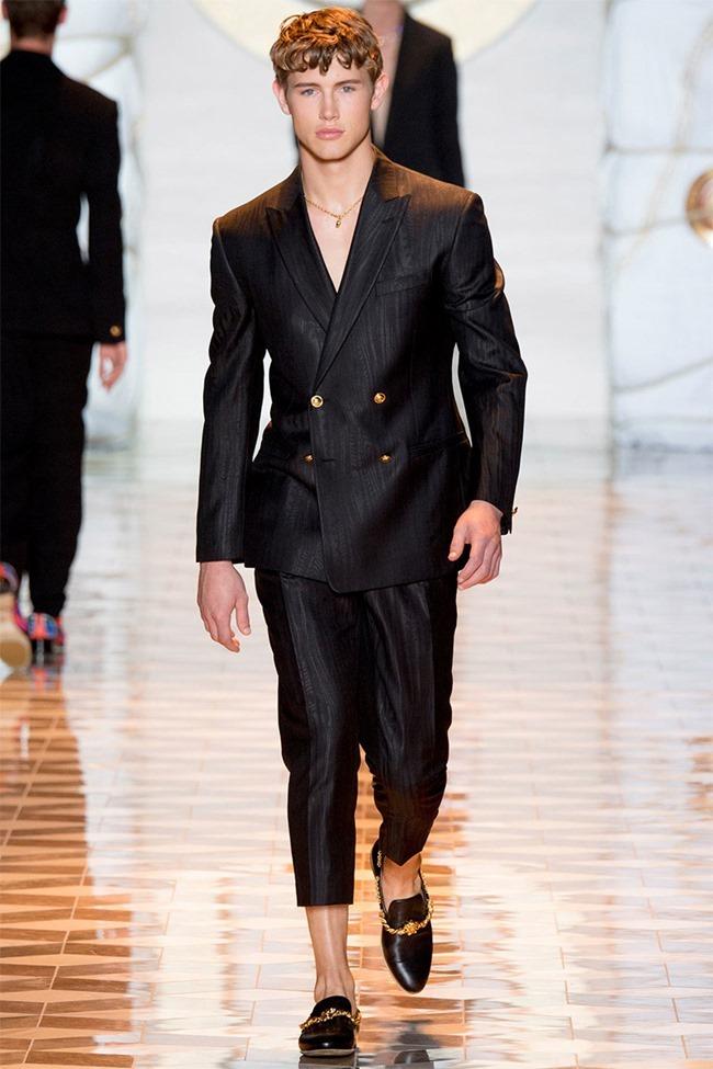 MILAN FASHION WEEK Versace Spring 2015. www.imageamplified.com, Image Amplified (45)