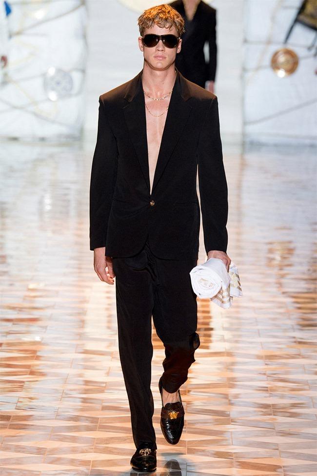 MILAN FASHION WEEK Versace Spring 2015. www.imageamplified.com, Image Amplified (46)