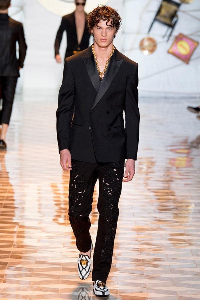 MILAN FASHION WEEK Versace Spring 2015. www.imageamplified.com, Image Amplified (47)