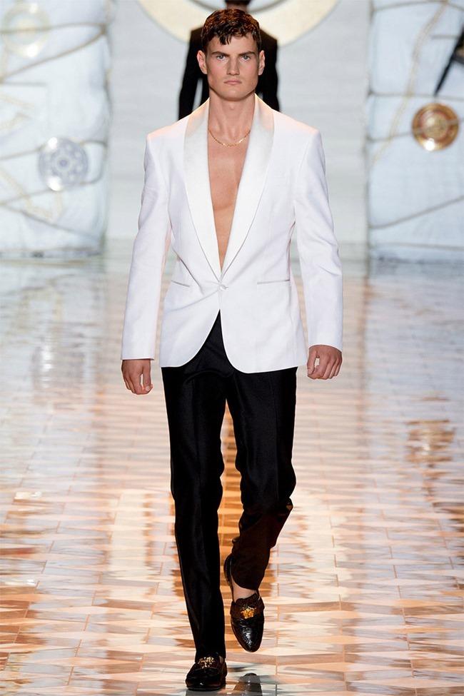 MILAN FASHION WEEK Versace Spring 2015. www.imageamplified.com, Image Amplified (49)