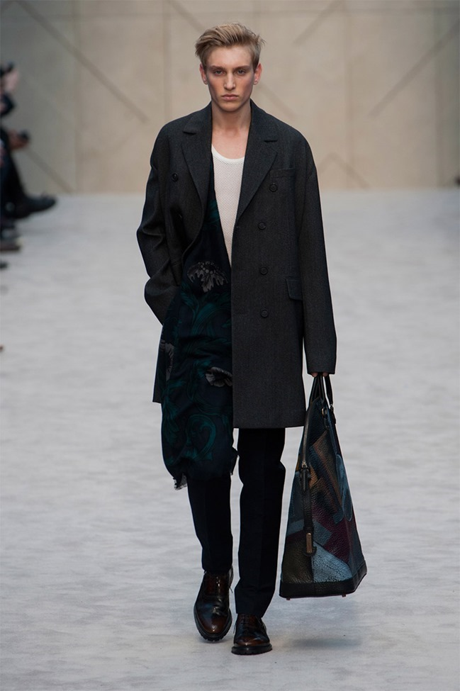 LONDON COLLECTIONS MEN Burberry Prorsum Fall 2014. www.imageamplified.com, Image Amplified (26)