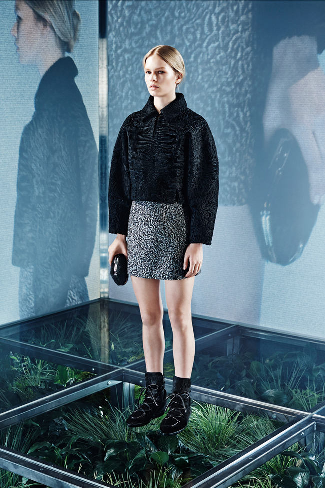 COLLECTION Lexi Boling, Kasia Jujeczka, Zuzu & Anna Ewers for Balenciaga Pre-Fall 2014. www.imageamplified.com, Image amplified (4)