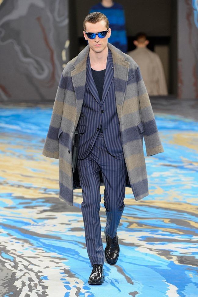 PARIS FASHION WEEK Louis Vuitton Menswear Fall 2014. www.imageamplified.com, Image Amplified (28)