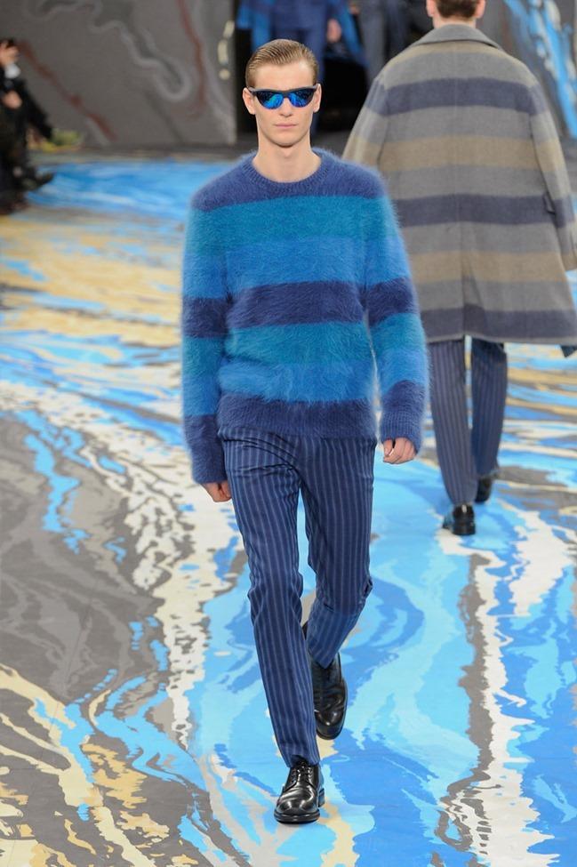 PARIS FASHION WEEK Louis Vuitton Menswear Fall 2014. www.imageamplified.com, Image Amplified (29)