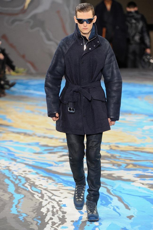 PARIS FASHION WEEK Louis Vuitton Menswear Fall 2014. www.imageamplified.com, Image Amplified (2)