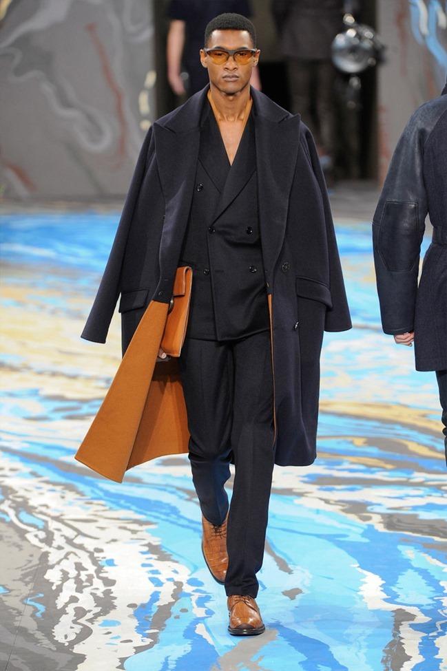 PARIS FASHION WEEK Louis Vuitton Menswear Fall 2014. www.imageamplified.com, Image Amplified (3)