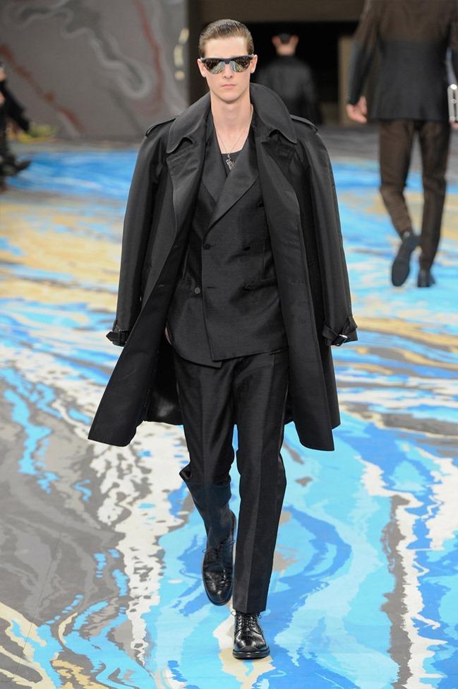 PARIS FASHION WEEK Louis Vuitton Menswear Fall 2014. www.imageamplified.com, Image Amplified (14)