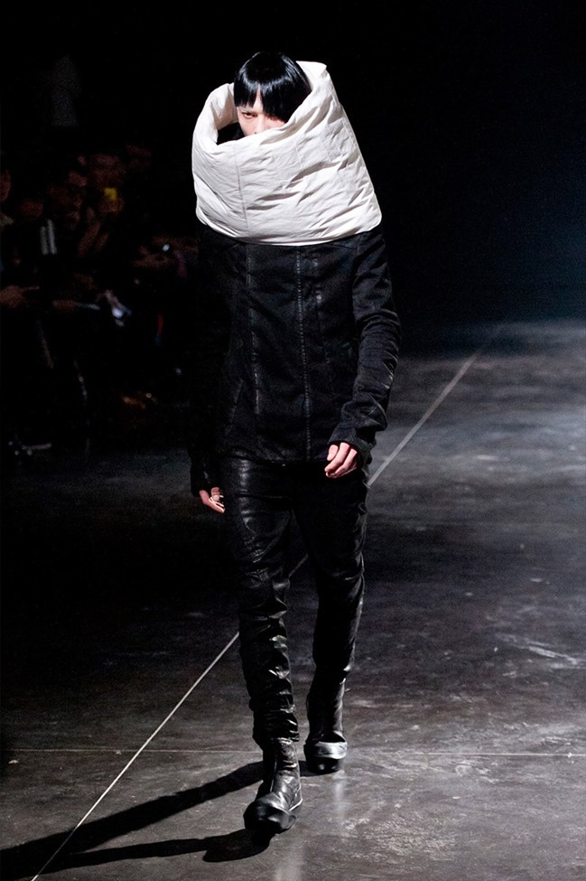 PARIS FASHION WEEK Julius Menswear Fall 2014. www.imageamplified.com, Image Amplified (5)