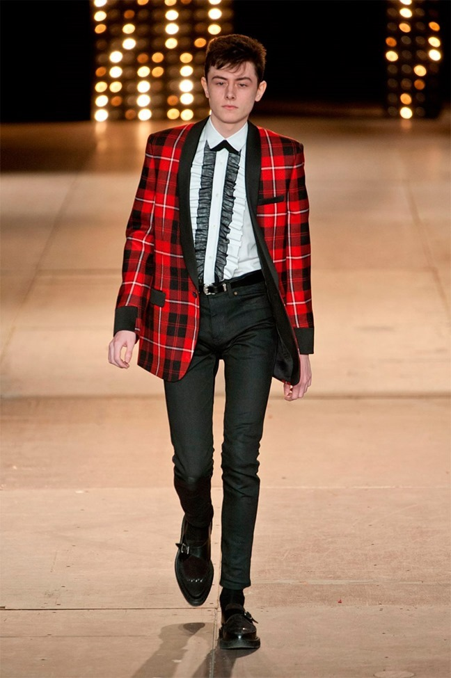 PARIS FASHION WEEK Saint Laurent Fall 2014. www.imageamplified.com, Image Amplified (3)