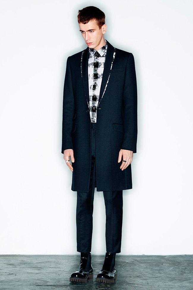 PARIS FASHION WEEK McQ Menswear Fall 2014. www.imageamplified.com, Image Amplified (16)