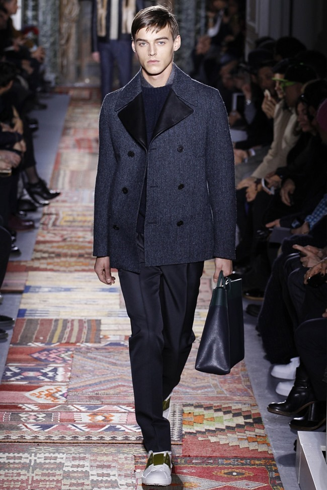 PARIS FASHION WEEK Valentino Fall 2014. www.imageamplified.com, Image Amplified (9)