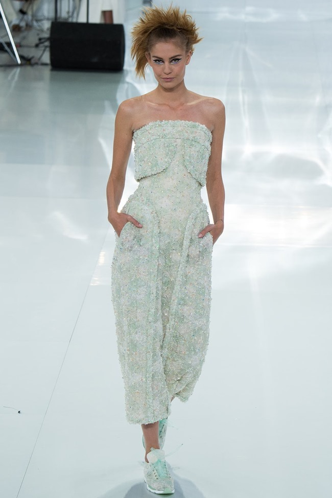 PARIS HAUTE COUTURE Chanel Spring 2014. www.imageamplified.com, Image Amplified (17)
