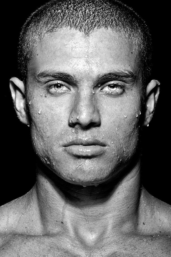 MASCULINE DOSAGE Alex Alves in Origens by Ronaldo Gutierrez. Spring 2014, www.imageamplified.com, Image amplified (2)