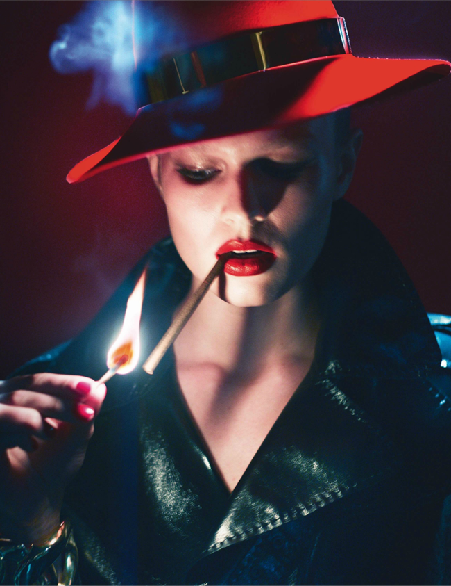 VOGUE PARIS Lara Stone, Anna Luisa Ewers & Amanda Wells in Fatale by Mert & Marcus. March 2014, www.imageamplified.com, Image amplified (11)