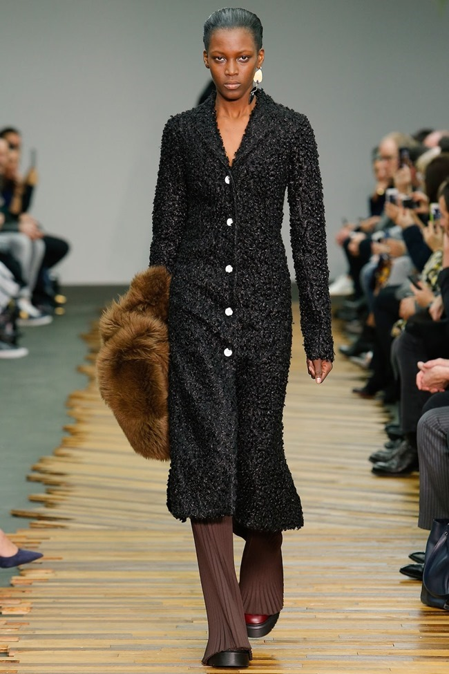 PARIS FASHION WEEK Celine RTW Fall 2014. www.imageamplified.com, Image Amplified (32)