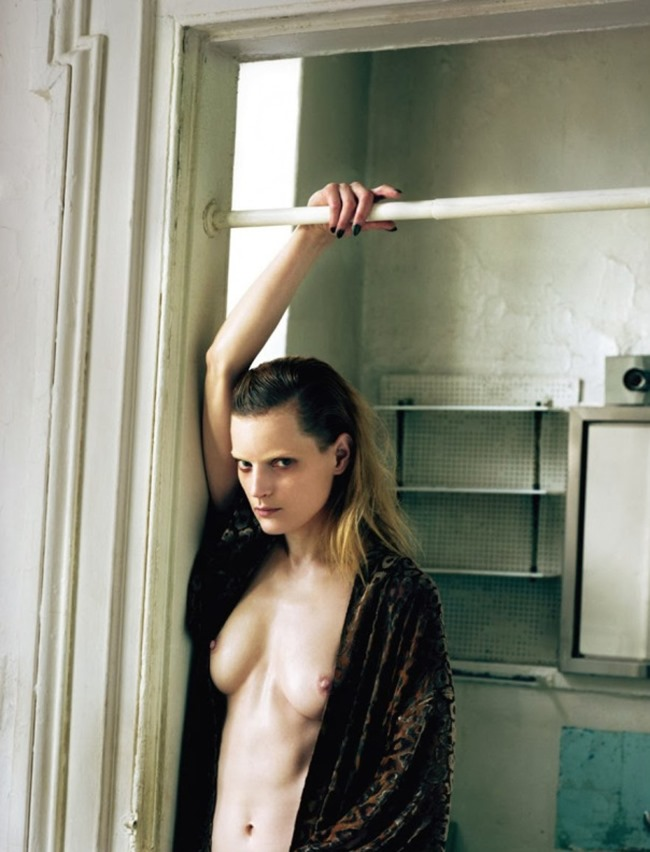 MUSE MAGAZINE Guinevere Van Seenus in Stripdown by Jeff Bark. John Vertin, Spring 2014, www.imageamplified.com, Image Amplified (11)