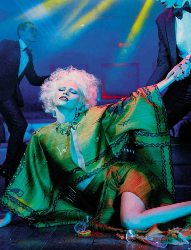 VOGUE ITALIA Aline Weber in A Dazzling Party by Miles Aldridge. Alice Gentilucci, March 2014, www.imageamplified.com, Image Amplified (8)