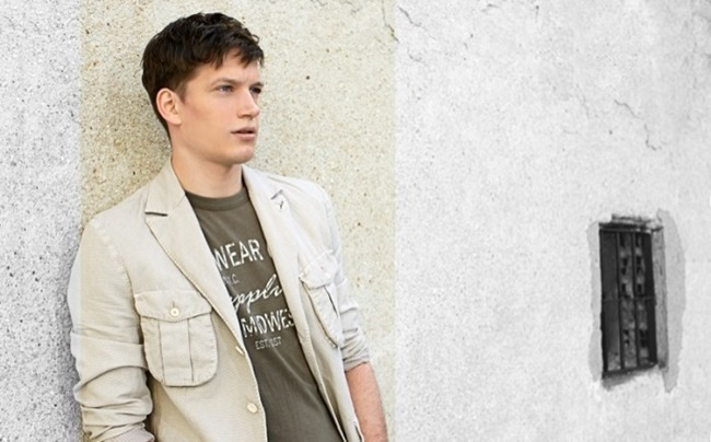 CAMPAIGN Florian Van Bael in Military Green  for El Corte Ingles Spring 2014 by Alejandro Pereira. Daniel Gonzalez, www.imageamplified.com, Image Amplified (3)
