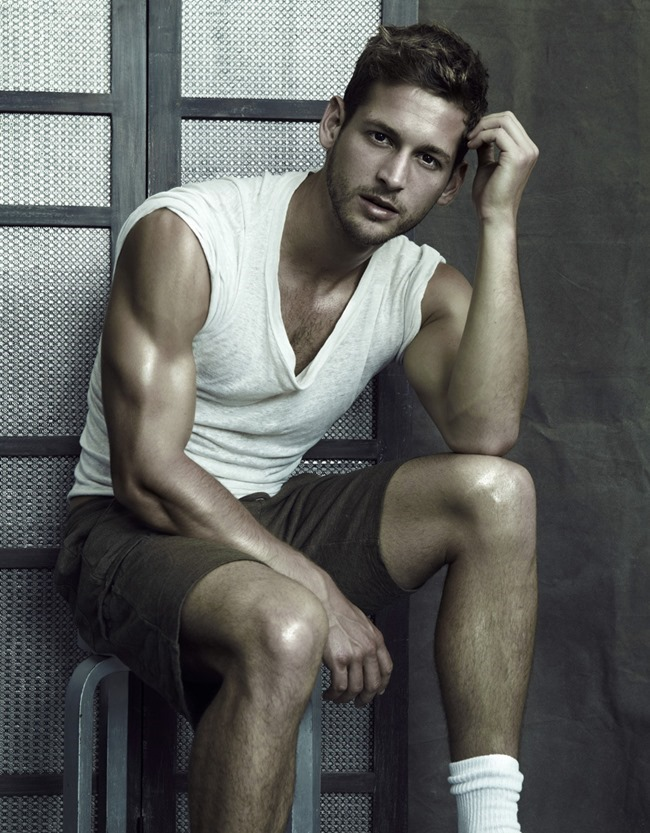 MASCULINE DOSAGE Max Emerson by Ricky Middlesworth. Spring 2014, www.imageamplified.com, Image Amplified (6)