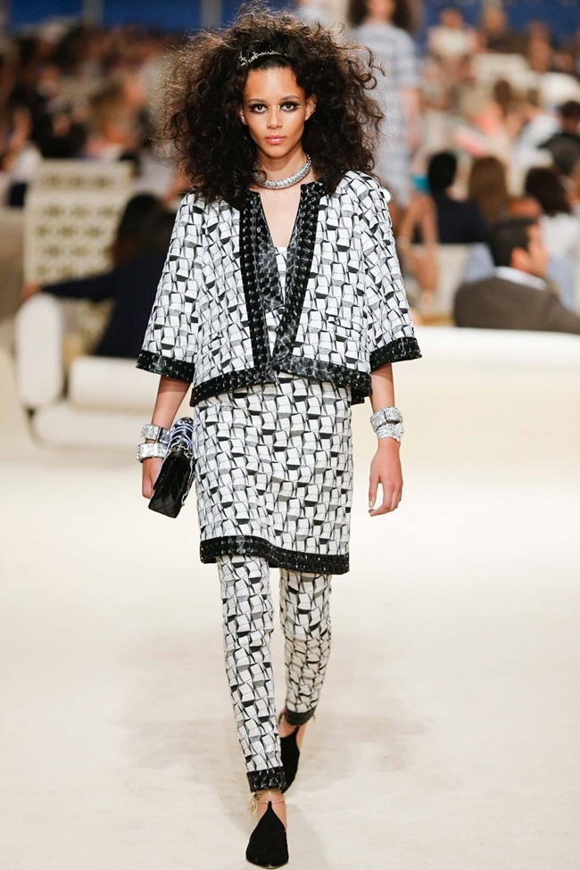 COLLECTION Chanel Cruise 2015 Dubai. www.imageamplified.com, Image Amplified (25)