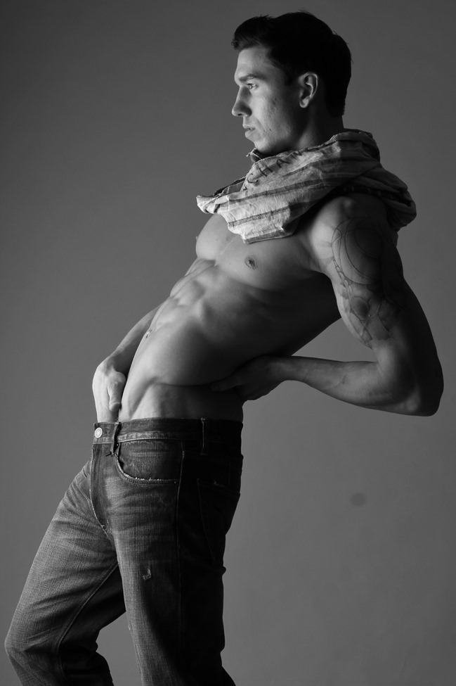 FEATURED MODEL Robert with AIM NYC by Michael Del Buono. Spring 2014, www.imageamplified.com, Image amplified (6)