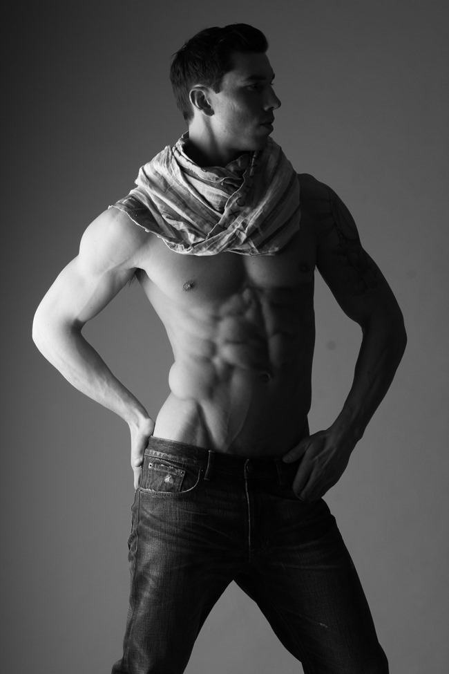 FEATURED MODEL Robert with AIM NYC by Michael Del Buono. Spring 2014, www.imageamplified.com, Image amplified (9)