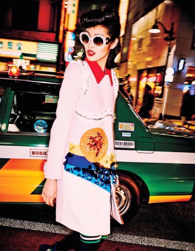 VOGUE JAPAN Tokyo Neon Girls by Ellen von Unwerth. Elizabeth Sulcer, July 2014, www.imageamplified.com, Image amplified (15)